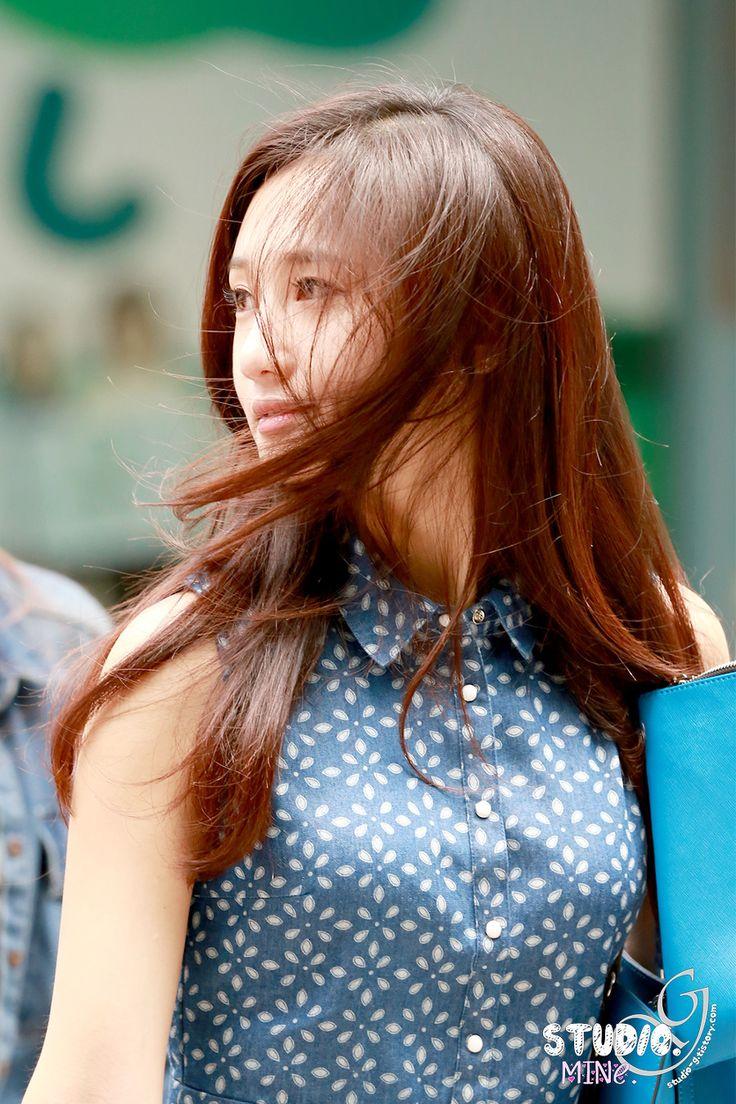 Hello Venus Yoo Ara