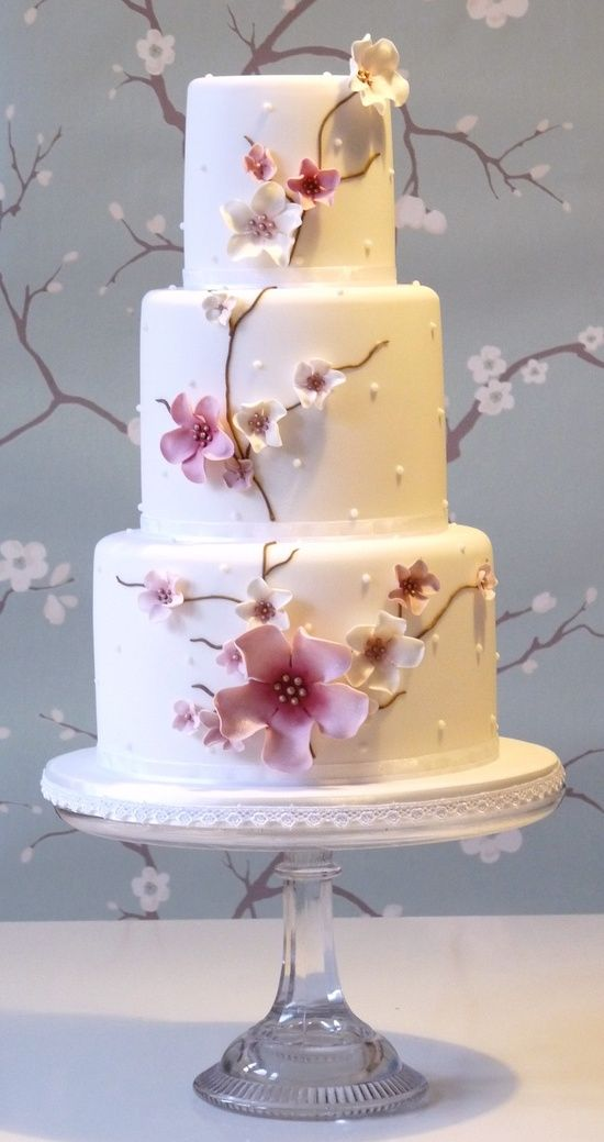 Found on WeddingMeYou.com - Floral Wedding Cakes - icing sugar #flowers #weddingcake | Cake by planet-cake.com