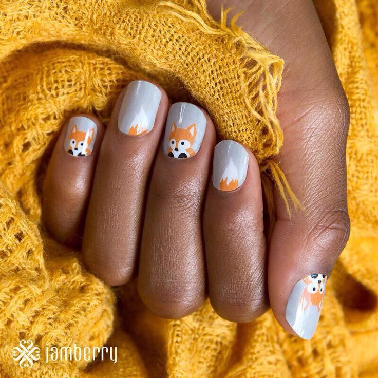 These furry friends are a faux sure must-have!      #FauxFoxJN  www.nettiek.jamberry.com/categories/holiday