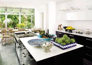 Modern Kitchen and Alex Meitlis in Tel Aviv, Israel