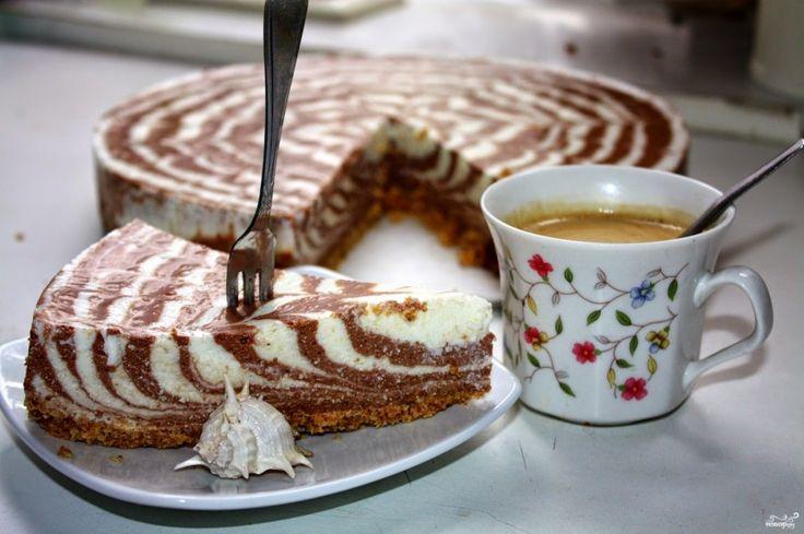 Vynikající tvarohový cheesecake s čokoládou bez pečení. Nejen luxusně vypadá, ale i fantasticky chutná.