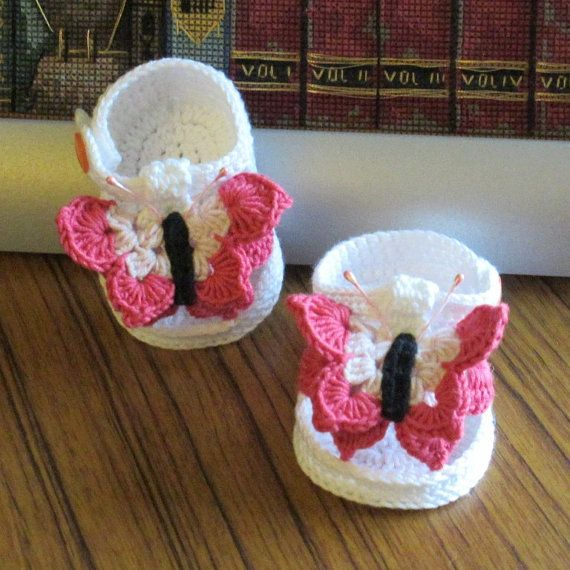 Crochet butterfly baby sandals,Crochet baby shoes,Crochet pink butterfly sandals