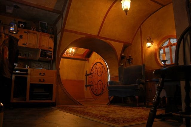 Hobbit Hole Hole Idea Hobbit Hole Back Doors Hobbit Like Houses