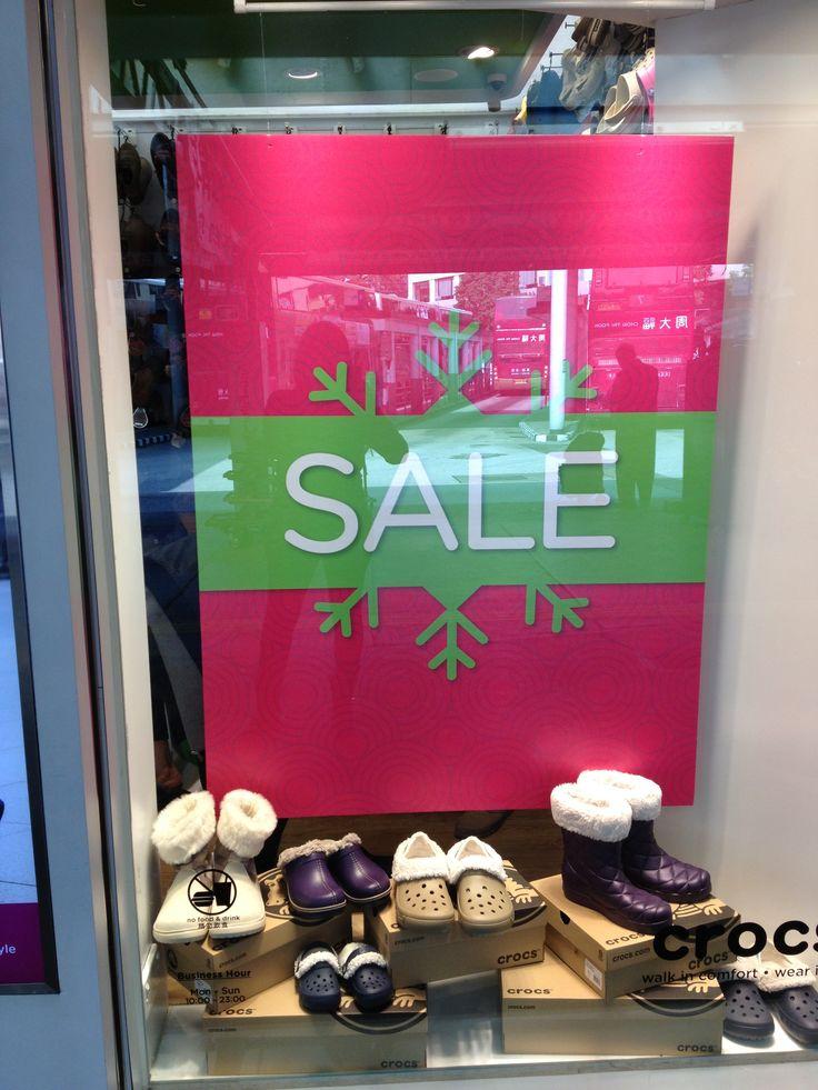 """Hong Kong """"sale"""" window display - Jan 2013"""