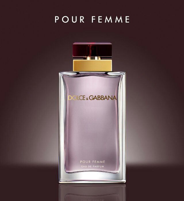 Dolce & Gabbana Pour Femme Eau De Parfum: The Seductive - a Seductive Fragrance with Shooting Neroli, nuances of Raspberry and with Green Mandarin. For a passionate, sensual and maternal woman.
