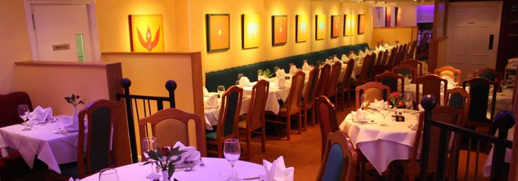 If you are looking for  Fine Dining Restaurant in Mississauga to eat dishes made by expert cook, then Dine Palace is the perfect place to approach and know about all famous restaurant with their complete details.