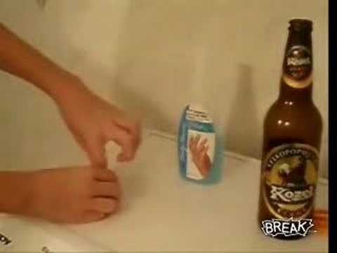 How to cut glass (such as beer bottles) for repurposing using string.: Nail Polish, Polish Removal, Cut Glasses Bottle, Cold Water, Wine Bottle, Beer Bottles, Nails Polish, Cut Bottle, Cutting Bottles