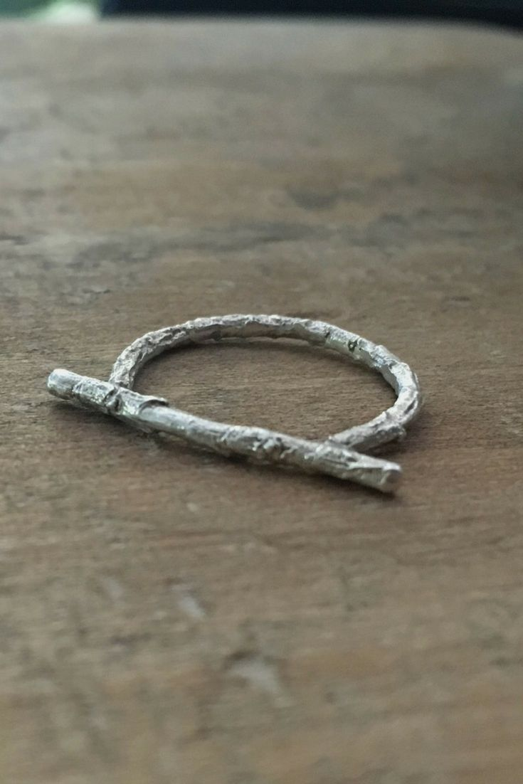 Skinny twig ring, bar Sterling silver ring, branch ring, botanical jewelry,minimal ring, nature ring