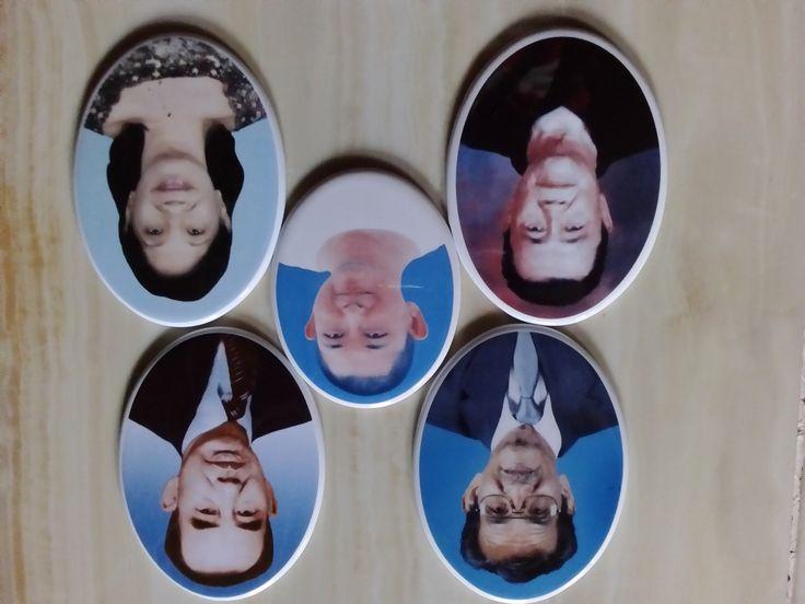foto porselen buatan kami memiliki keistimewaaan tersendiri karena disamping harga yang bersahabat kita juga memberikan kualitas yang terbaik, begitu mudah begitu dekat seperti sebuah keluarga untuk info lengkap  cara pemesanan silahkan langsung datang ketempat kami atau silahkan menghubungi :  KONTAK KAMI : 031 99011504 081357603030 BB  2657B7A6