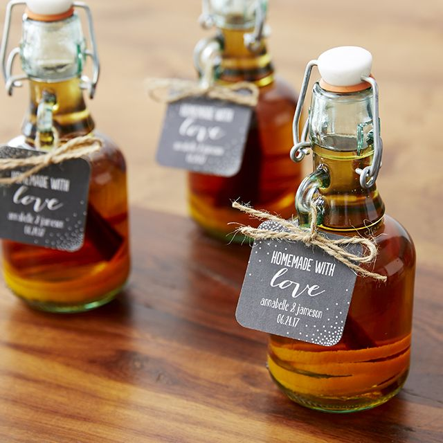 You'll love these easy DIY whiskey bottle favors featured on the Wedding Paper Divas blog! (Bottle Gift Wedding)