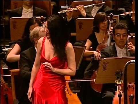 (10) Angela Gheorghiu - Muzica - Madrid 2007 - YouTube