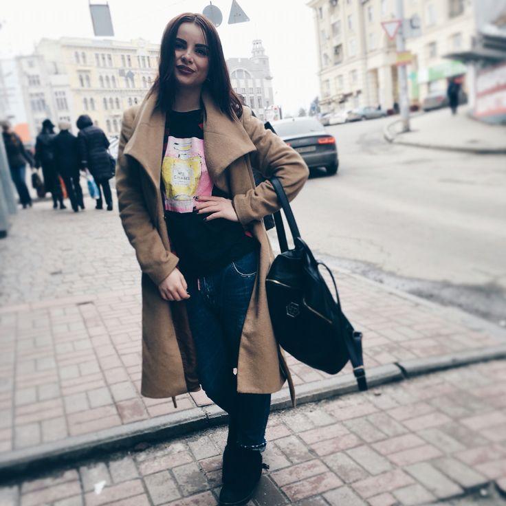А мы ликуем от радости ведь #веснаввоздухе и уже можно растегнуть пальто и похвастаться нашими невероятными футболками✌️ #srs_clothing_brand #srs #магазин #платья #одежда #купитьплатье #производитель #srs_clothing_brand #srs #мода #украина #харьков #киев #одесса #платьяоптом #love #dress  #инстамама #инстадети  #instadeti #love #подарки #дети #красота #любовь #fashionlook #miumiu #женщины #девочкитакиедевочки #весна #beauty #srsclothingbrandcom