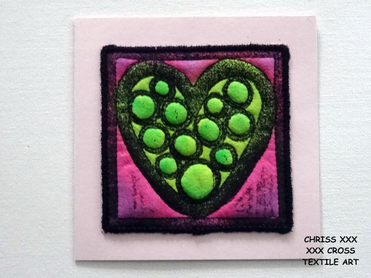 Kunstkaart / Mail Art van Kunst per post Afmeting kaart: 13x13cm (bxh) Afmeting kunstwerk: 10x10cm (bxh) Kleur: roze - groen
