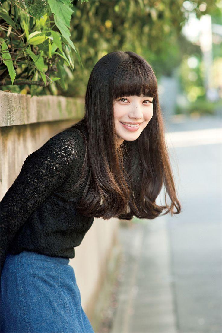 大人かわいい♡ぱっつん前髪のヘアカタログ|マシマロ