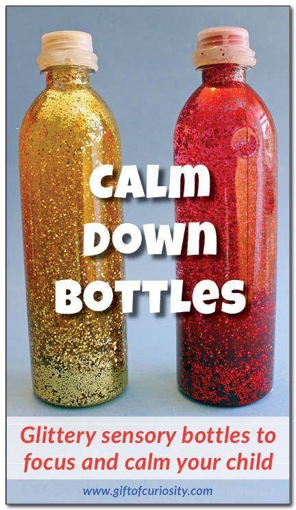 Pailleté calmer bouteilles pour aider à cibler et calmer votre #sensory enfant ||  Don de Curiosité