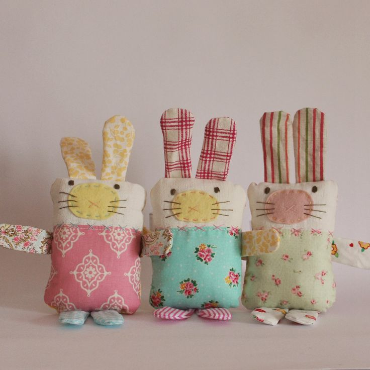 617 best nuevos muecos images on pinterest crafts stuffed roxy creations sweet easter bunny bags softies handmade gifts bunny pattern negle Image collections