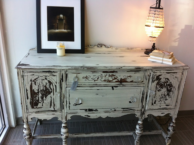 25 best ideas about shabby chic sideboard on pinterest shabby chic buffet shabby chic decor. Black Bedroom Furniture Sets. Home Design Ideas