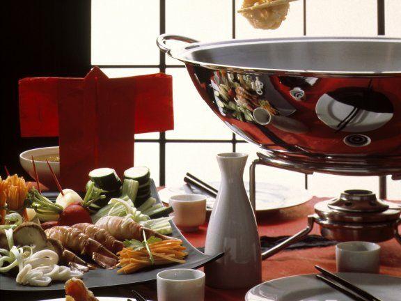 Fondue auf japanische Art Rezept | EAT SMARTER