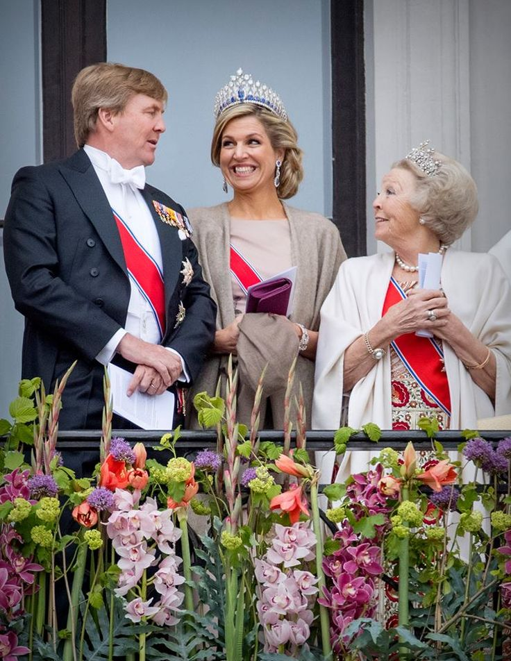 9 May 2017 - King Harald and Queen Sonja of Norway celebrate their 80th birthday in Oslo - dress by Jan Taminiau