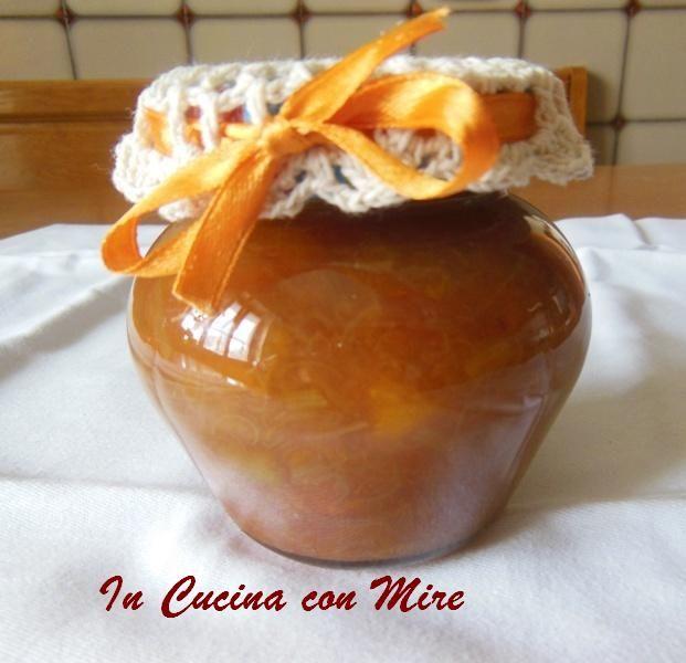 #gialloblogs #ricetta #foodporn #conserve #ricettebloggerriunite Confettura rabarbaro-home made | In cucina con Mire
