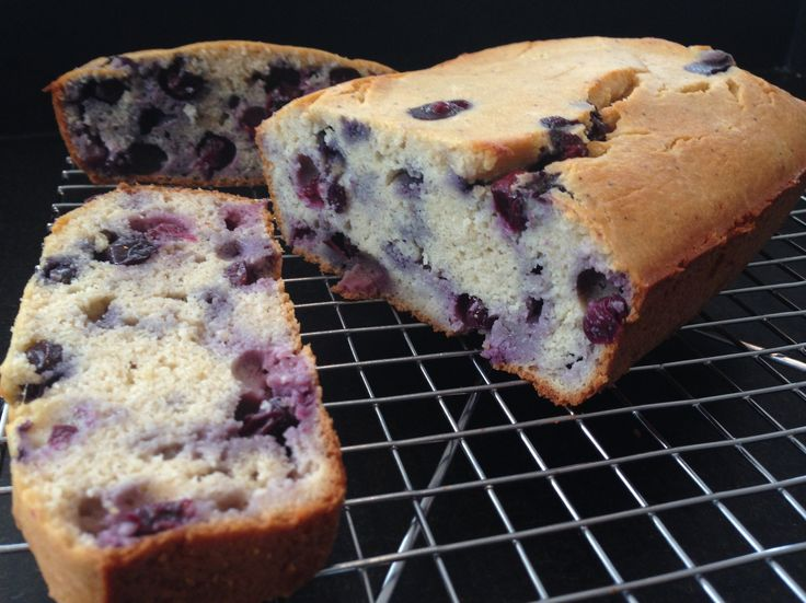 Healthy Lemon Blueberry Bread Recipe - This healthy lemon blueberry bread recipe uses only fresh and whole food ingredients.