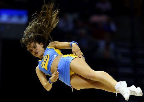 Hottest cheerleaders in college football from top ranked teams in 2014 (20 Photos)-slide9
