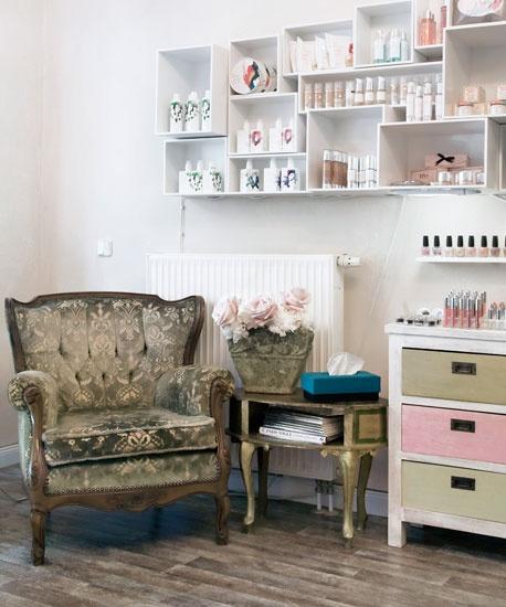 17 best make up store images on pinterest beauty department jack o 39 connell and makeup studio. Black Bedroom Furniture Sets. Home Design Ideas