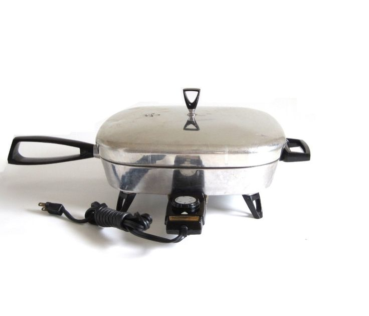 New to LaurasLastDitch on Etsy: Westinghouse Electric Skillet F-18 Automatic Frying Pan Vintage 1950s 1960s Kitchen (56.99 USD)
