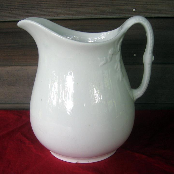 Antique White Ironstone Pitcher - Chain Of Tulips Shape mid 1800s & 286 best White Ironstone Pitchers and More images on Pinterest ...