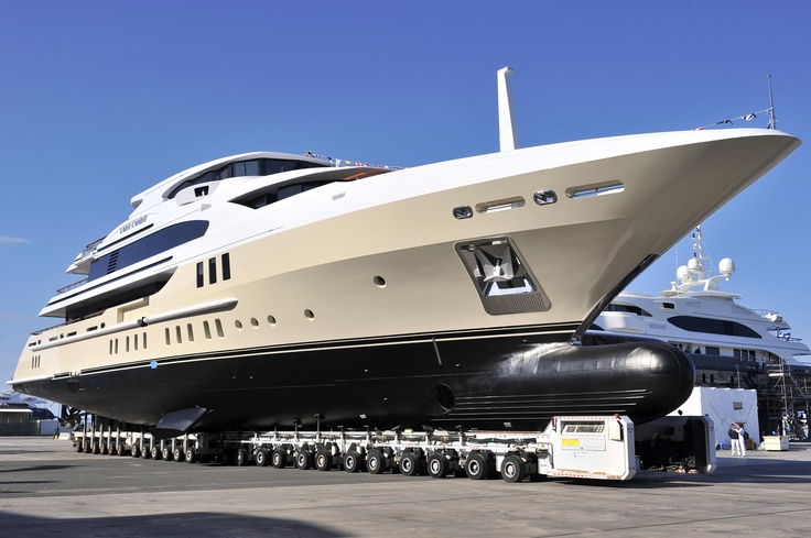Lady Candy launched in Livorno - 27/05/2013 www.benettiyachts.it