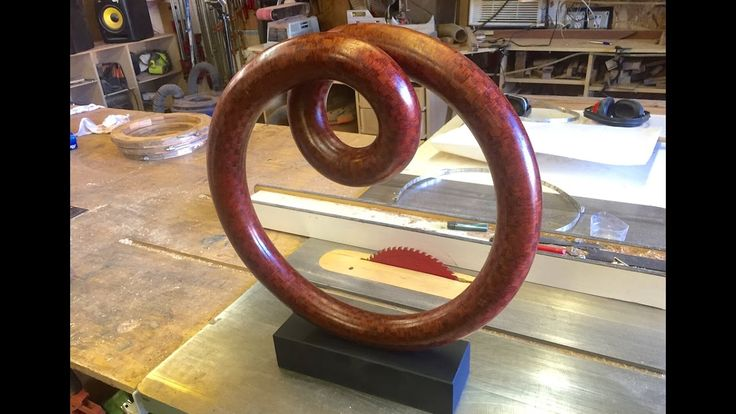 Kyle Toth amazes with a 2000 piece Double Torus https://www.youtube.com/watch?v=iJjzssSHez0