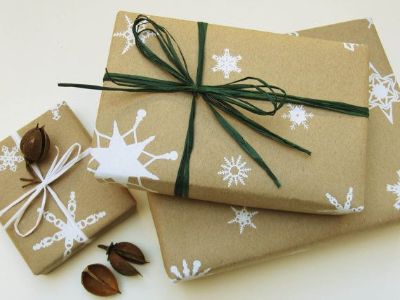 Think Green: Wrap Gifts The Eco-Friendly Way