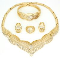 Now sales~2016 new crystal dubai gold plated jewelry Necklace earrings sets fashion african 18K gold plated jewelry sets set
