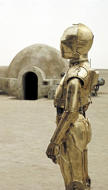 R2d2 And C3po Desert The Making of S...