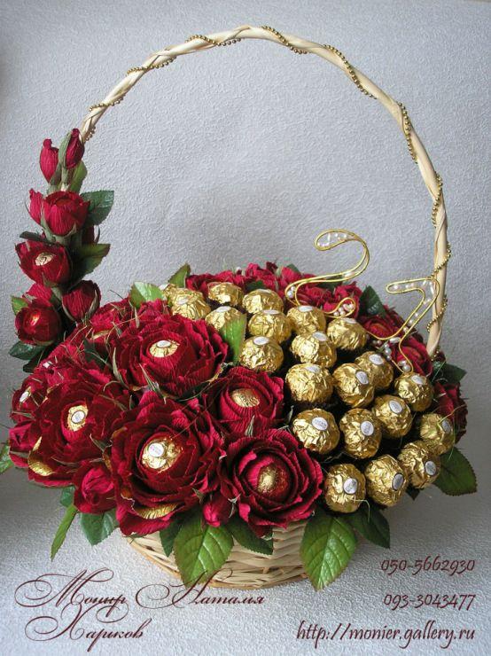 """Gallery.ru / Букет из красных роз """"Волна"""" - Корзины с цветами и конфетами 400-1200 грн. - monier"""