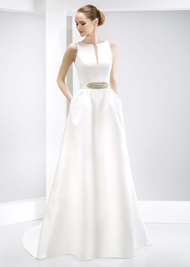 The+White+RoomJesus+Peiro+Wedding+Dresses+|+Jesus+Peiro+Designer+Wedding+Dresses+Gloucester