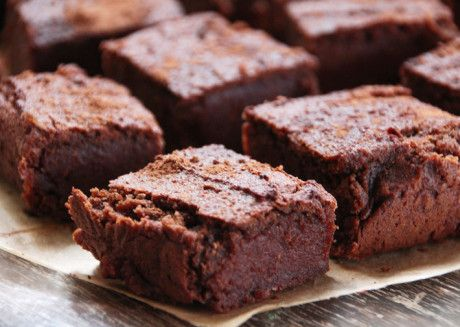 Sweet Potato Brownies | Deliciously Ella -- using ground almonds, rice flour, dates, raw cacao, maple, and salt