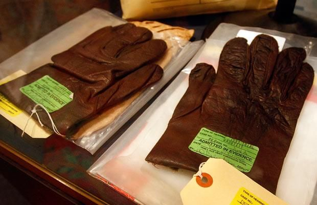 oj simpson murder | Gloves used as evidence in the OJ Simpson murder case sit under glass ...