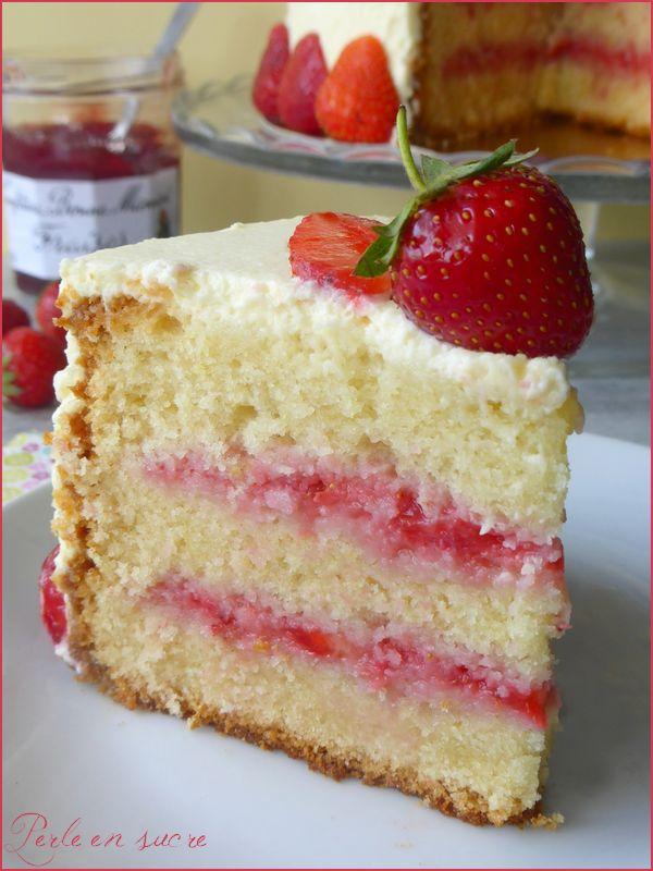 Curd Fraise Cake Design