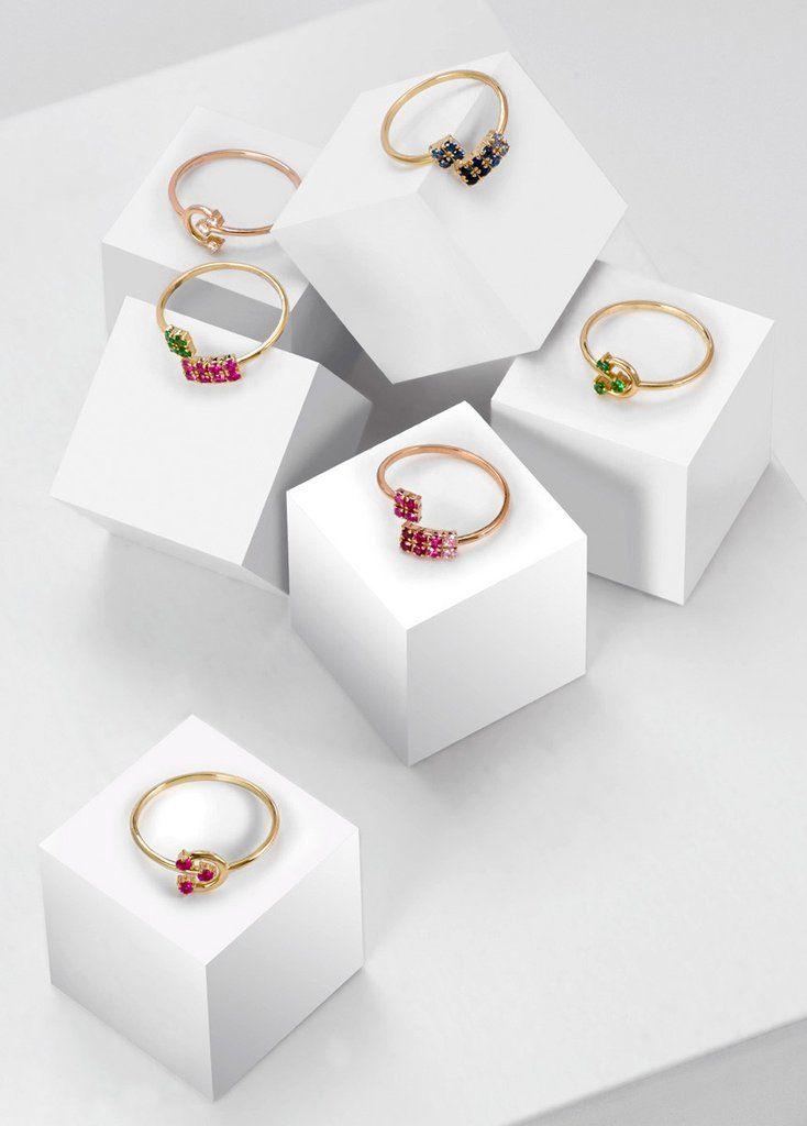Amitié Pink Ring  18 Karat Yellow Gold With Sapphires