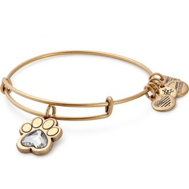 Would love this in silver-in remembrance of our Chelsea girl!!