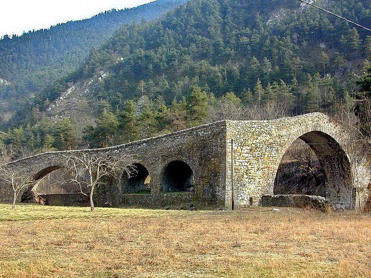Pont du Coq (XVe s). La Brigue. Alpes-Maritimes