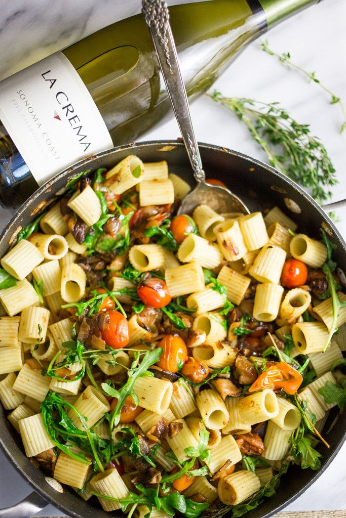 Rustic Vegan Pasta with Arugula and Mushroom. A #MeatlessMonday pairing with our Chardonnay.