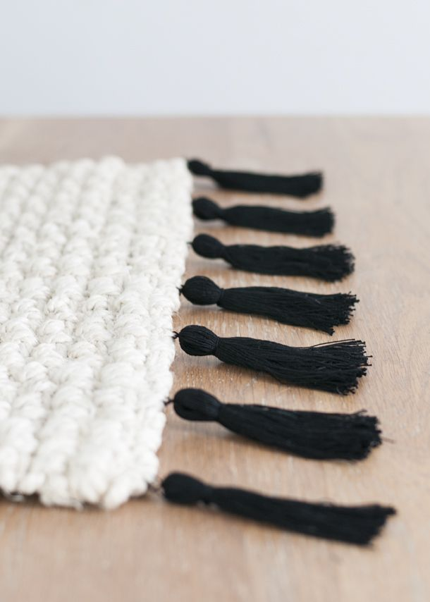 8 giant tassel rug