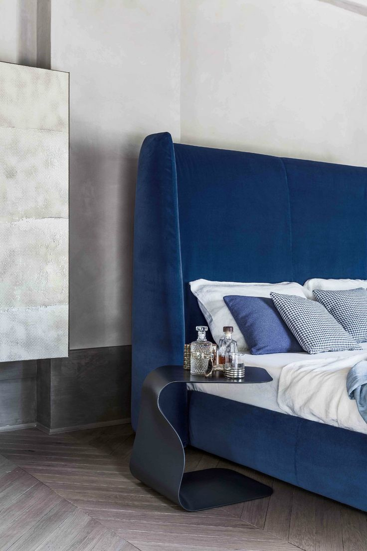 Bed headboard upholstered - Double Bed With Upholstered Headboard Basket Plus Bonaldo Blue