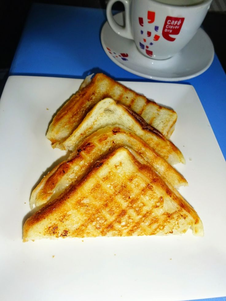 Milu's Fresh Cream Sandwich It is very easy and tasty #sandwich, and comes under fast to cook, good to eat recipe. #Freshcream #indianfood #indianrecipes #foodblogger #sandwichrecipes #vegsandwich #healthybreadsandwich #breadsandwich