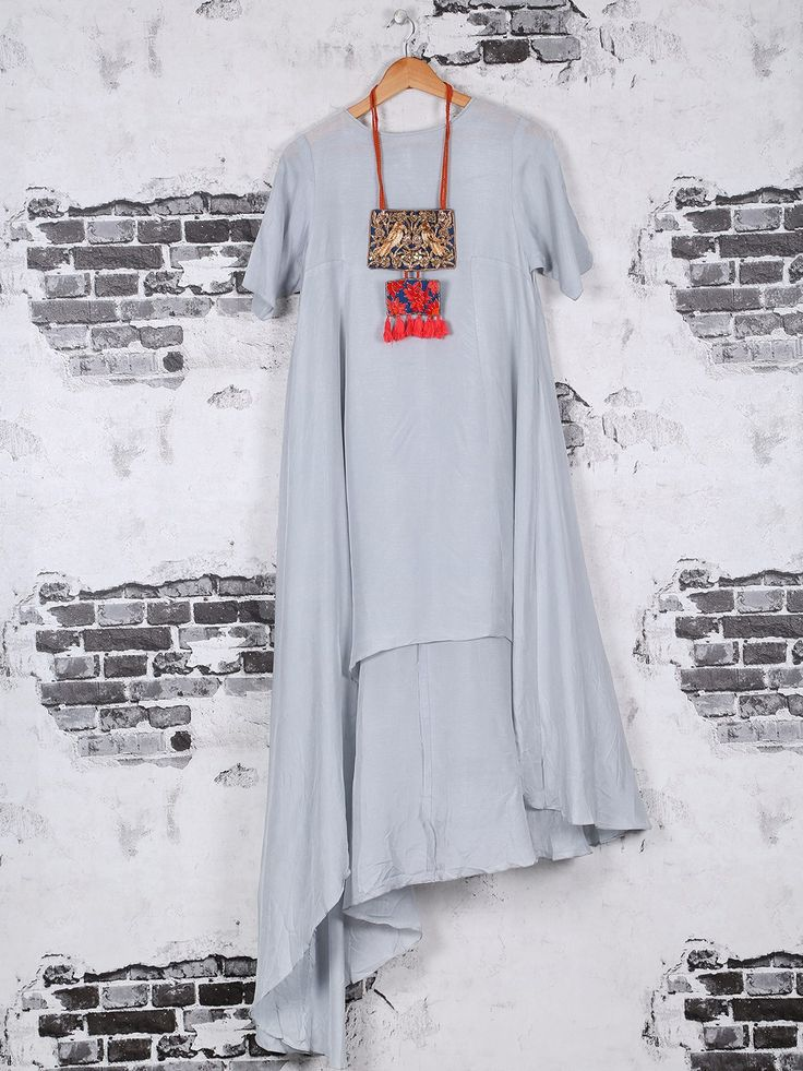 Shop Cotton plain kurti in grey color online from G3fashion India. Brand - G3, Product code - G3-WKU0533, Price - 5175, Color - Grey, Fabric - Cotton,