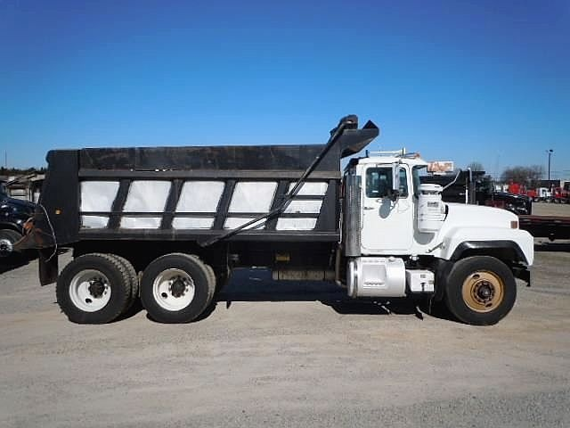 Mack Dump Trucks    http://www.rockanddirt.com/trucks-for-sale/MACK/ALL-dump-trucks