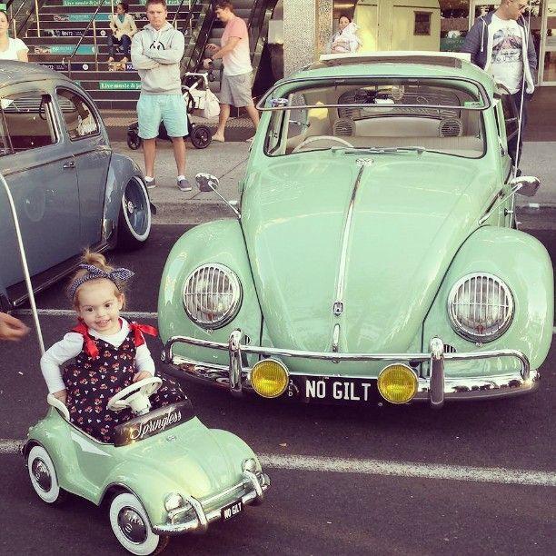Fusca e fusquinha #fusca #vw #beetle #carro #car #criança #kid