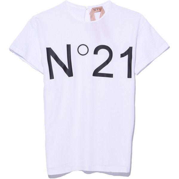 No. 21 Black & White Logo T-Shirt ($235) ❤ liked on Polyvore featuring tops, t-shirts, black and white t shirt, logo tee, black white top, logo t shirts and logo top